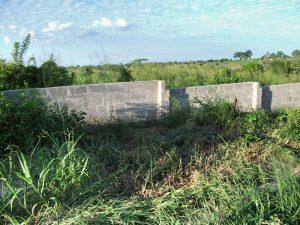 Completati i lavori della recinzione del terreno (maggio 2011)