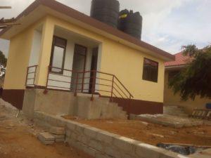 Lavanderia Dispensa e alloggio custode al campus scolastico di Mapinga in Tanzania 4